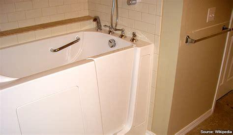 handicap accessible bathtubs converting bathtubs to be handicap accessible