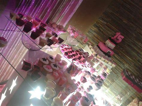 decoracion mesas dulces decoraci 243 n 15 a 241 os bodas mesa dulces telas mesa