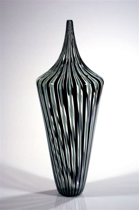 Spiegelschrank Zum Hochklappen by Black And Grey Vases 28 Images Black And Gray Carved