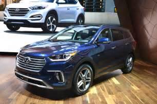 Hyundai Santa Fe Photos Refreshing Or Revolting 2017 Hyundai Santa Fe Motor Trend