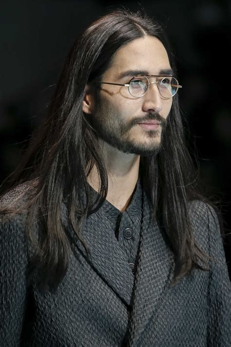 hippie hairstyles for men 7 trendy long men s hairstyles for thick hair to wear this