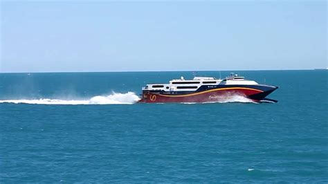 fastest catamaran ferry one of the worlds fastest ferries hsc fjord cat youtube