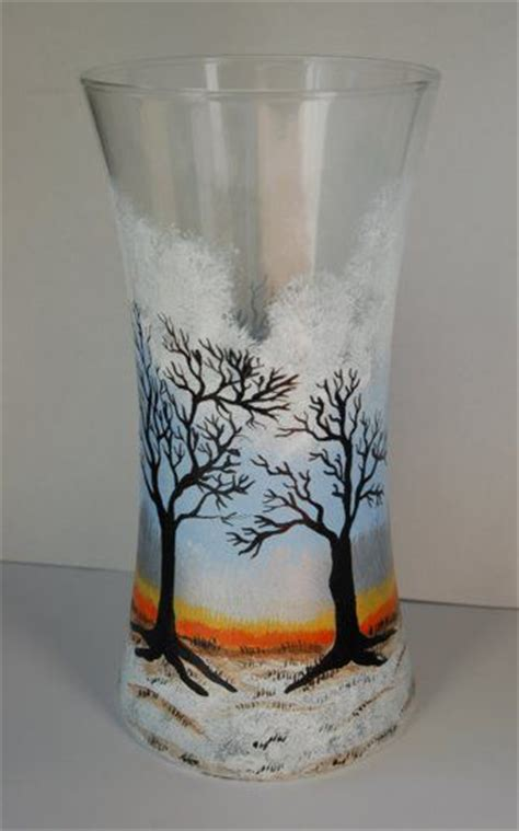 Glass Painting Designs For Vases by 1000 Ideas About Painted Glass Vases On Best