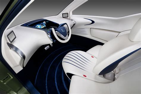 future cars inside nissan pivo 3 concept car body design