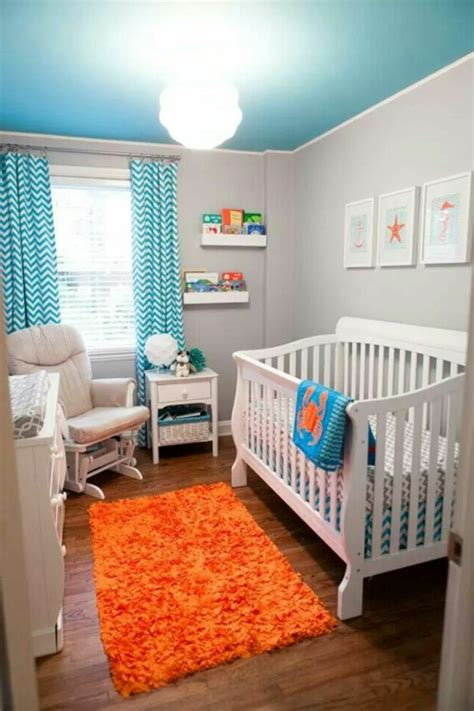 kinderzimmer blau orange coole gardinen im kinderzimmer bieten sonnenschutz und charme