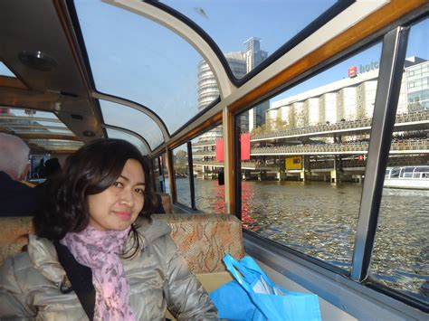 canal cruise at amsterdam my travel bag