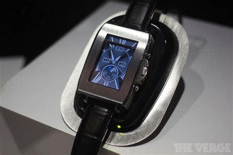Smartwatch Thumb toshiba s smartwatch prototype connects your phone to your wrist in style the verge