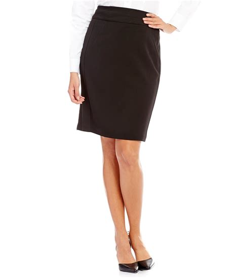 show your legs with brown pencil skirts