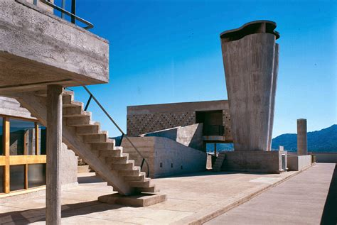Le Corbusier And The Question Of Brutalism Metalocus