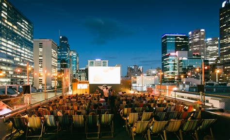 Roof Top Bars In Melbourne by Rooftop Cinema 2016 17 Melbourne Concrete Playground