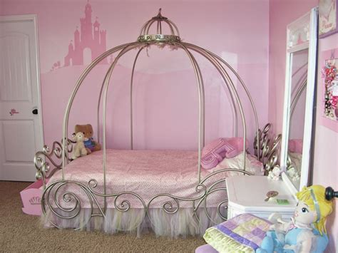 how to decorate a bedroom for girls 20 little girl s bedroom decorating ideas