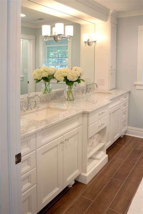 white marble countertops traditional bathroom