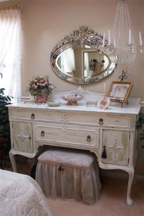 libro venetian chic classics best 25 classic dressing tables ideas on classic dressing table stools mirrored