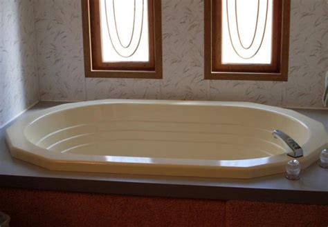 bathtub mobile home tips to choose bathtub for mobile home mobile homes ideas