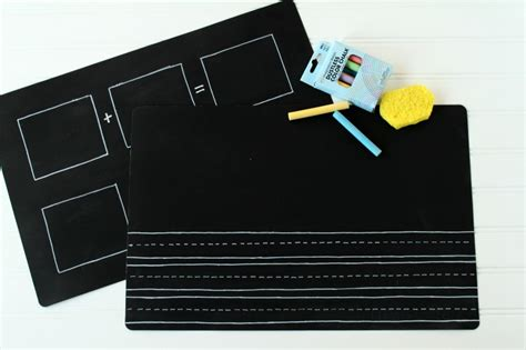 diy chalkboard mat diy chalkboard placemats back to school hop with 10