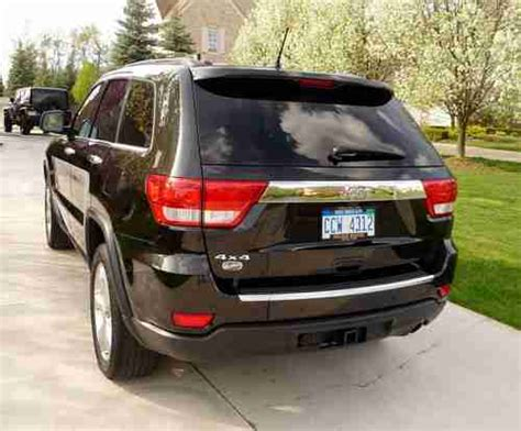 2011 Jeep Grand V6 Sell Used 2011 Jeep Grand Overland V6 4x4 Black