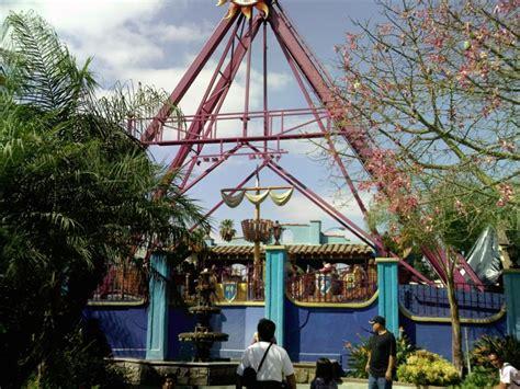 Knott S Berry Farm Dragon Swing