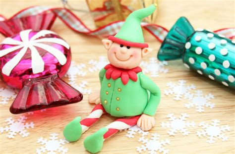 fondant christmas cake decorations goodtoknow