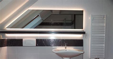 spiegel dachschräge badspiegel in dachschr 228 ge ma 223 anfertigung