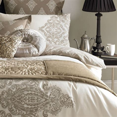 picture bed scarves picture pillow sets amazing bed 20 best bedding bed runners bed scarves images on