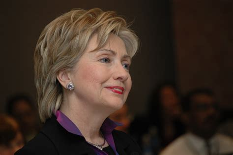 hillary clinton hairstyle pictures hillary clinton haircut 2015 hairstylegalleries com