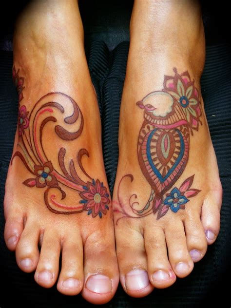 paisley pattern foot tattoo paisley flower bird tattoos on feet tattooshunt com
