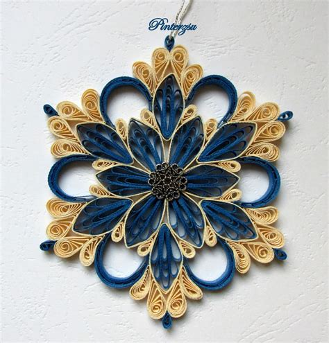 quilled christmas ornament patterns 179 best quilled snowflakes and patterns images on paper quilling