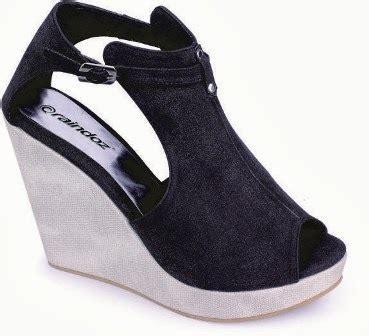 Lmad07 Sepatu Wedges Hitam 7 Cm gambar sepatu wedges sandal gambar hitam di rebanas rebanas