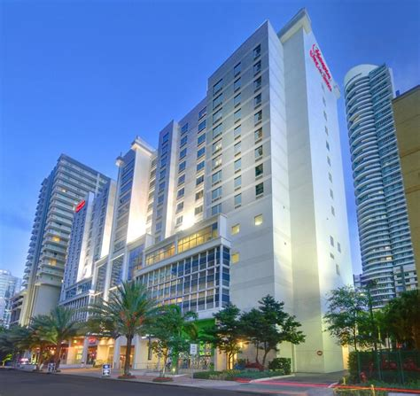 inn of miami downtown book hton inn suites by miami brickell