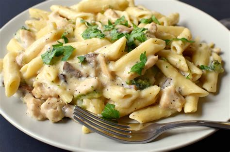 Pork And Pasta by Chicken Pasta With White Sauce Pepper Delight