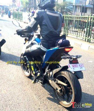 Lu Depan Megapro Primus lagi penakan mt15 rider testing nya ngancem minta di