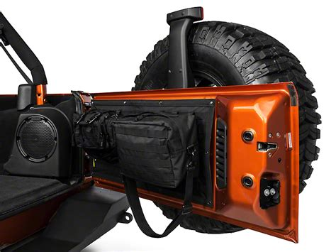 jeep jk gear smittybilt wrangler gear tailgate cover black 5662301