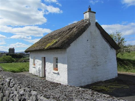 A Super Cute Irish Cottage Located Near Kinvarra Curious Cottages In
