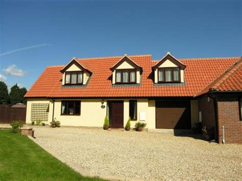 Self Catering Cottages Norfolk Broads by 4 Self Catering And B B Norfolk Broads