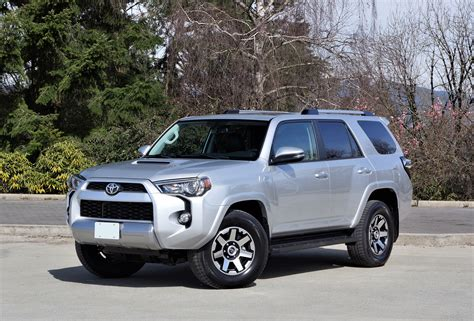 toyota 4runner 2017 black 2017 toyota 4runner trd off road the car magazine