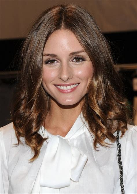 middle parting hairstyles for medium length hair 3 enchanting mid length hairstyles for women 2014 pretty