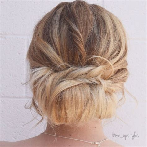25 best ideas about messy layers on pinterest blonde best 25 loose buns ideas on pinterest chignons messy updo
