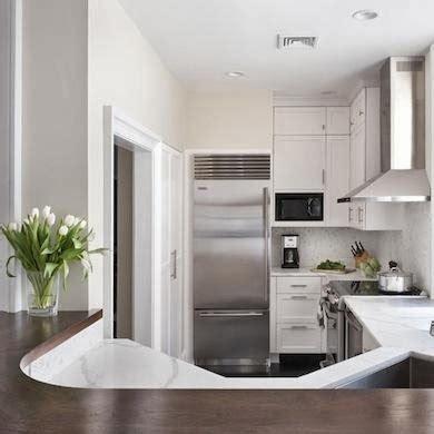 Lemari Dapur Biasa dapur mungil dengan gaya luar biasa rumah idamanku