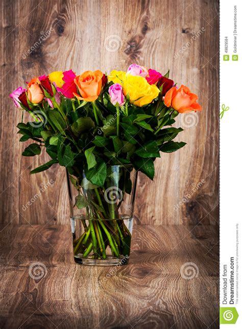 fiori nel vaso mazzo di fiori nel vaso fotografia stock immagine di