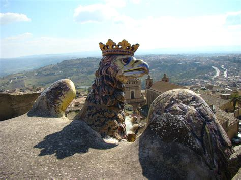 Rok Sisilia caltagirone visit sicily official page