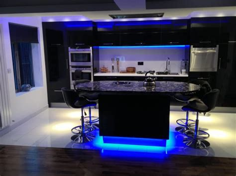 how to hardwire cabinet lighting installing hardwire cabinet lighting the wooden houses