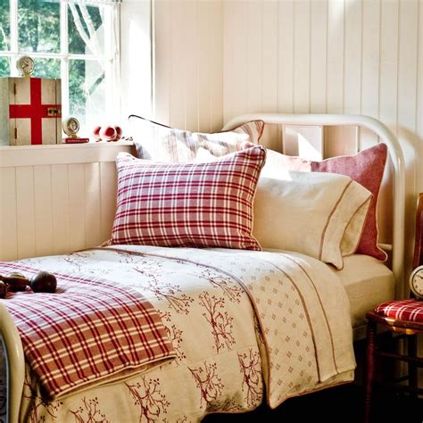 red country bedroom best 25 white iron beds ideas on pinterest white metal