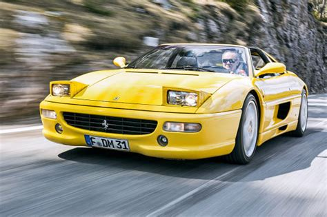 Ferrari 90er by Porsche Ferrari Honda Wettstreit Dreier Traumsportler