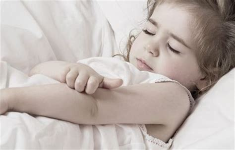 dermatite atopica bambini alimenti da evitare eucerin pelle atopica dermatite atopica nei bambini