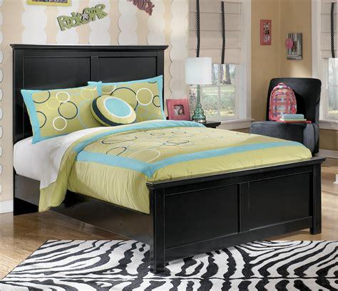 full panel bed signature design by ashley maribel b138 87 84 86 full