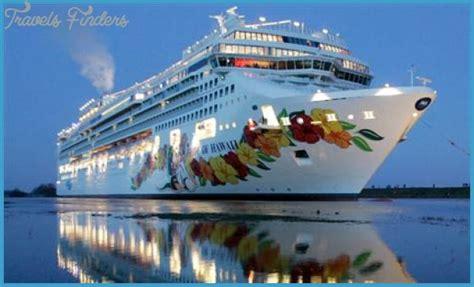 boat cruise hawaii travel to hawaiian cruises travelsfinders