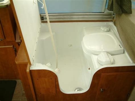 smallest cer van with bathroom google image result for http images01 olx com ui 9 56 20