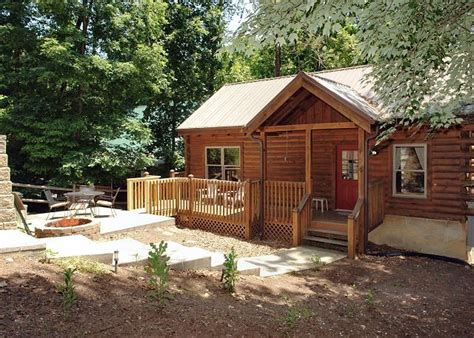 gatlinburg 2 bedroom cabins 17 best images about cabins with with outdoor firepit on