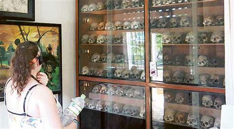 Ranjang Besi Malang horornya jejak kekejaman komunis khmer merah di museum