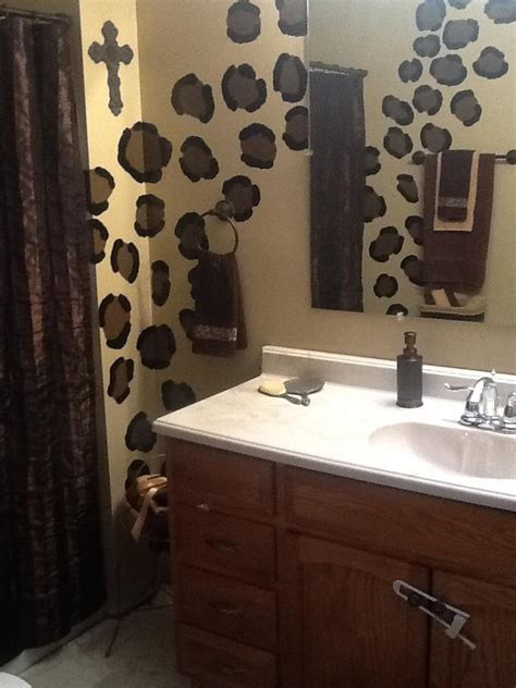 ideas  cheetah print bathroom  pinterest